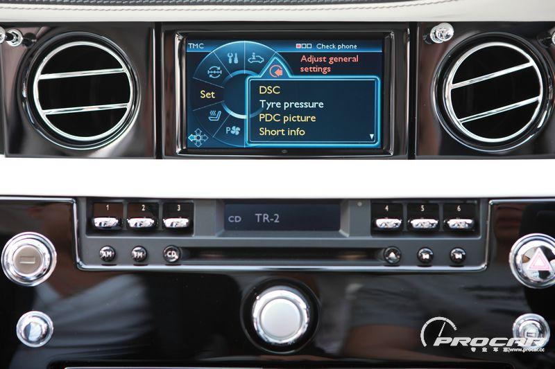 我在日常使用时,车上的power表(劳斯莱斯没有转速表,而只有一个动力